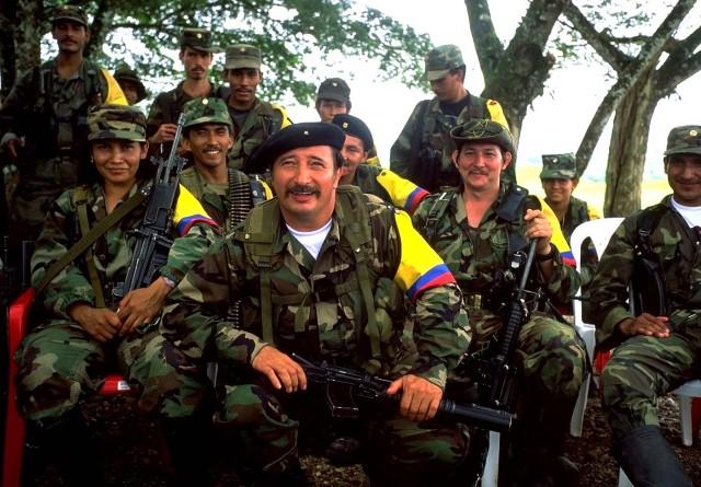 Caño Cristales Colombia FARC guerrilla guerrilleros rio