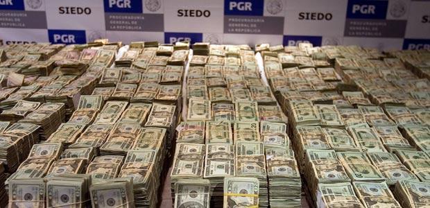 28 Millones De Dólares Y 15 Millones De Euros Hallados Dentro De Un