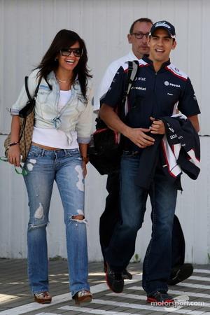 novia2 Conoce a la novia de Pastor Maldonado, una venezolana que parece su sombra