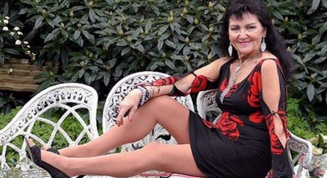 pam shaw Copiar Pam Shaw está lista para dejar de ser virgen, ¡a los 70 años!