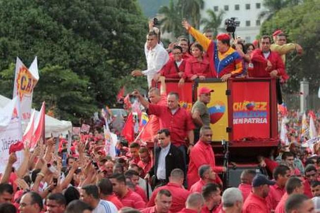 img 606213394589881339467231 Copiar Hugo Chávez presentó el Segundo Plan Socialista de la Nación para el período 2013 2019 al inscribir su candidatura