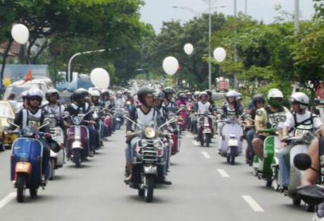 motos e1352265927251 Prohibido transporte de parrillero masculino en Area Metropolitana