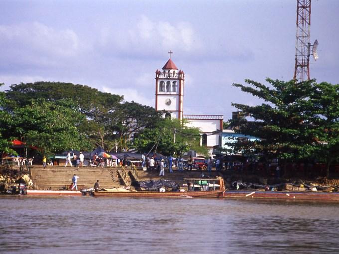 Una semana de paro y desplazamientos masivos en el Bagre Antioquia. Foto archivo.