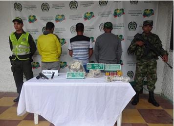 SEIS CAPTURAS BACRIM URABA EN CAUCASIA Capturados 6 urabeños en el Bajo Cauca Antioqueño