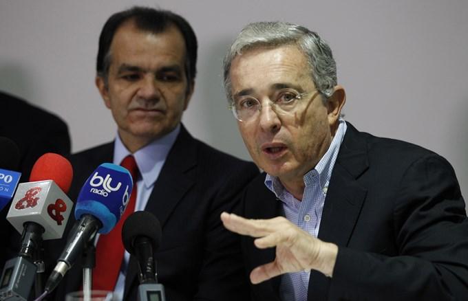 uribe1 Copiar Alvaro Uribe, el más valorado de los candidatos al Senado