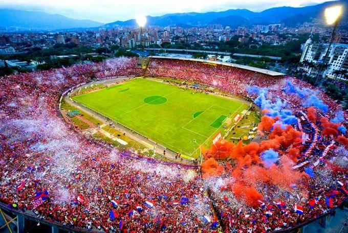 Medellin rojo rojo y azul Copiar El DIM tendrá programa de Televisión.