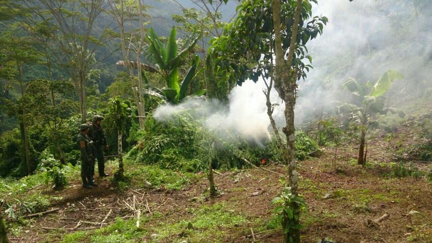 Laboratorio destruido en Valdivia. Foto: Ejército
