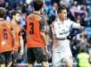James Rodríguez (d) celebra el gol marcado a la Real Sociedad, durante el partido de la vigésimo primera jornada de Liga de Primera División. EFE