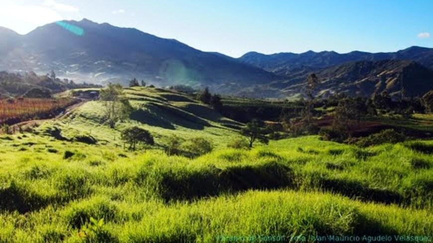Fotografía del páramo de Sonsón. Tomada de co.worldmapz.com