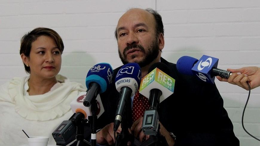 El Senador Alfredo Rangel en compañía de la Representante Tatiana Cabello presentaron el primer documento sobre el proceso de La Habana emitido por la comisión de estudio del Centro Democrático.