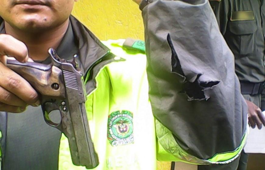 Fotos a responder por dispararle a la polic a durante una for Interior y policia porte y tenencia