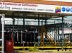Los ingresos de Petróleos de Venezuela SA (Pdvsa) por la venta de crudo y derivados, así como por otros ingresos adicionales, bajaron de 134.326 millones de dólares en 2013 a 128.439 millones en 2014. EFE/Archivo