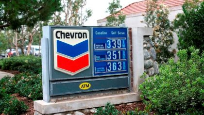Chevron en Irvine, California, EEUU,