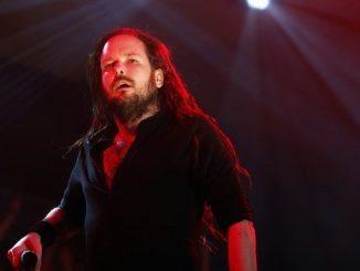 El vocalista de la banda de rock norteamericana Korn, Jonathan Davis. EFE/Archivo