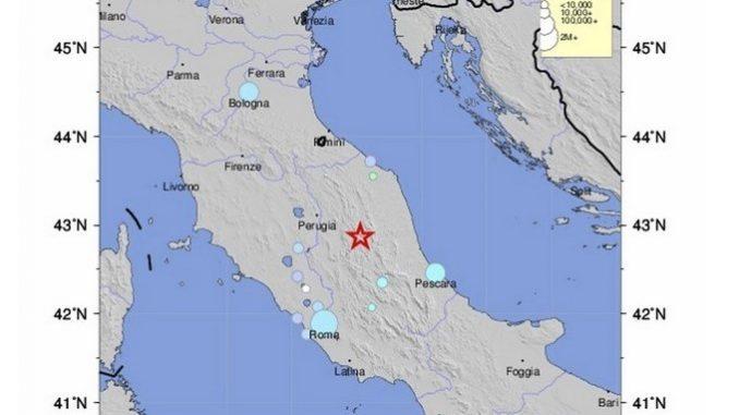 UN TERREMOTO DE MAGNITUD SUPERIOR A 5 GRADOS SE SIENTE EN EL CENTRO DE ITALIA
