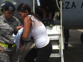 Bebé en grave estado de desnutrición fue trasladado por la Fuerza Aérea en el Amazonas
