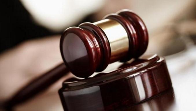 justicia juez condena sentencia