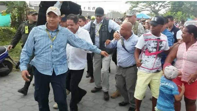 Abucheado Germán Vargas Lleras en Tumaco
