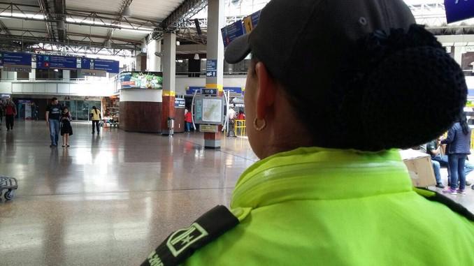 Policía reforzó los controles en las terminales de Bogotá durante este puente festivo