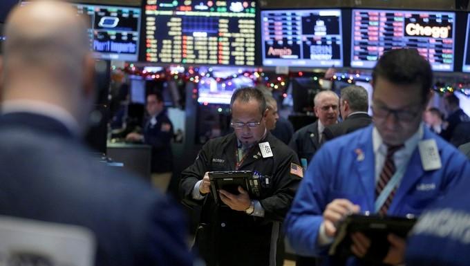 Corredores de bolsa trabajan en el parqué de Nueva York (Estados Unidos). EFE/Archivo