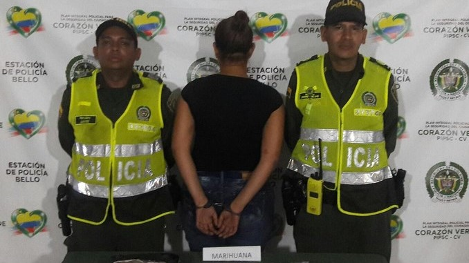 Mujer capturada con un kilo de marihuana en Niquía.