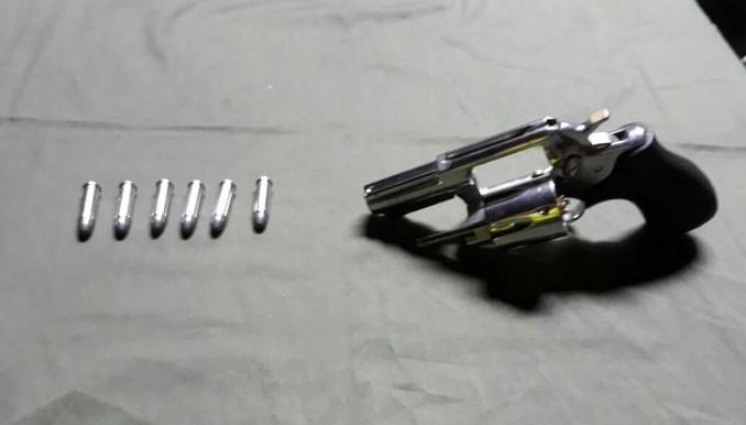 Capturaron a un joven en Rionegro con un revólver y munición
