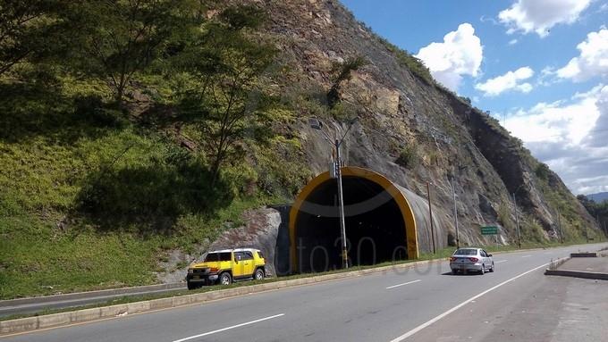 Hallazgo en la autopista Med Bog4