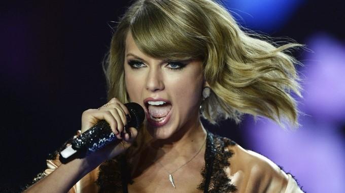 Video Desnuda Así Aparece Taylor Swift En El Adelanto De Su Nuevo