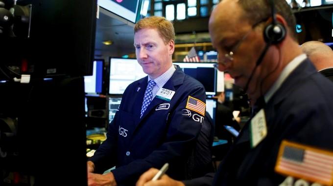 Pocos minutos después de iniciada la jornada de contrataciones en el parque neoyorquino, el índice Dow Jones de Industriales se depreciaba un 0.23 %. EFE/Archivo