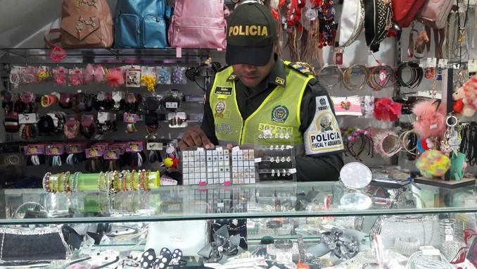contrabando policia medellin 3
