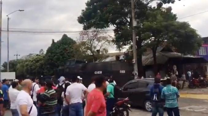Protestas contra el sector petrolero en el Meta dejaron dos personas heridas