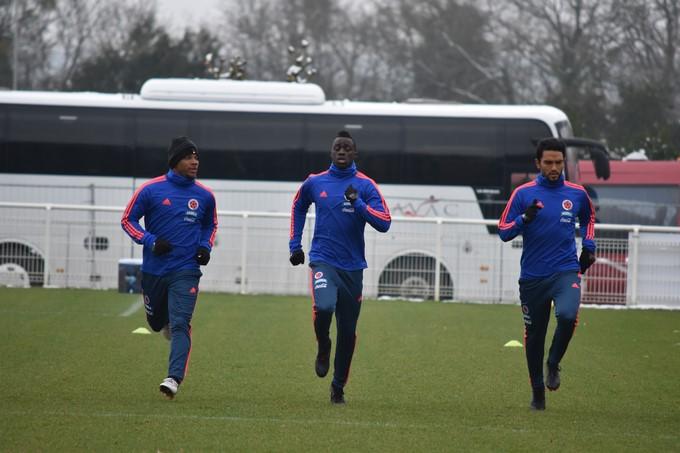 Entrenamiento Selección Colombia en Francia 5