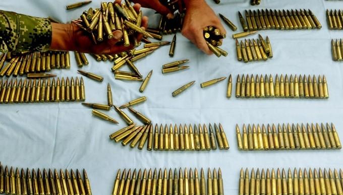 municiones balas armamento Copiar