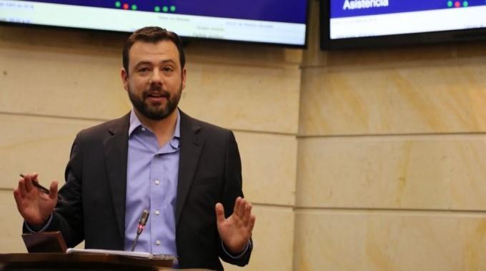 senador Carlos Fernando Galán