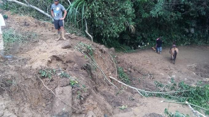 Derrumbe Vía Santo Domingo Antioquia