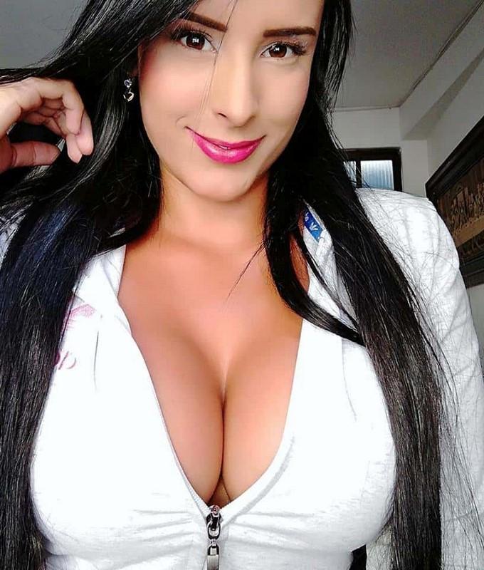 Jessica Alexandra Ibarra Díaz 18