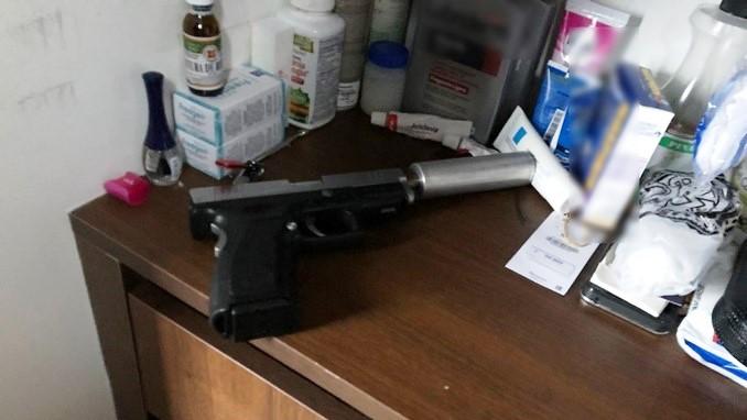A prisión el hombre sorprendido con armas de fuego en su apartamento en El Poblado