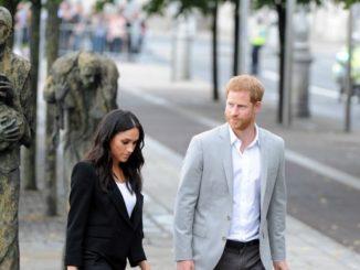 El príncipe Harry (d) y su mujer, la duquesa Meghan de Sussex/ EFE
