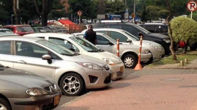 Secretaría de Movilidad de Bogotá reitera que no notifica foto-comparendos por correo electrónico