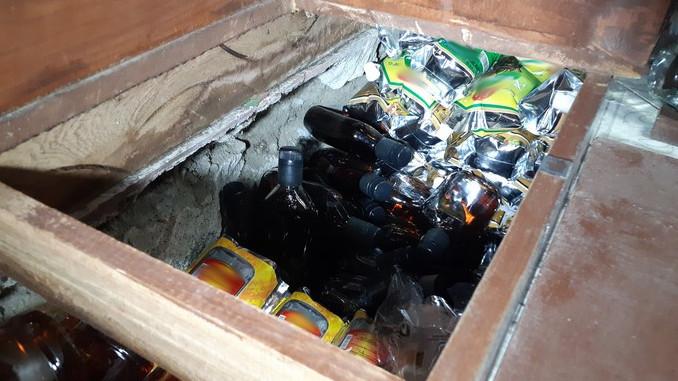 Licor adulterado incautado en el centro de Medellin