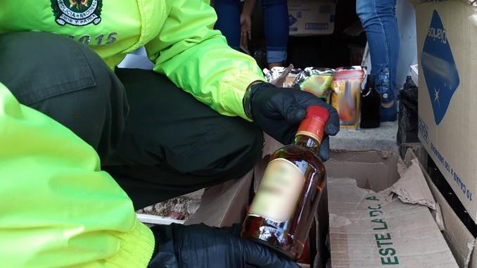 Licor adulterado incautado en el centro de Medellin4