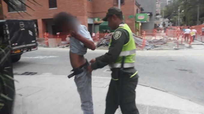 Alrededor del Parque Bolívar la Policía realiza controles para prevenir la criminalidad 23 09 2019 2