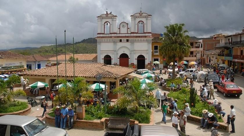 vista de Anorí, Antioquia