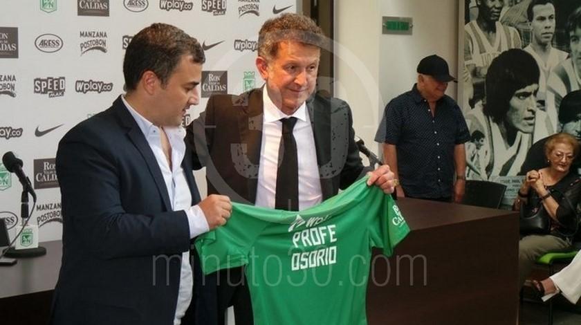 Juan David Perez presidente Nacional y entrenador Juan Carlos Osorio Copiar