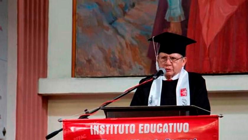 pablo catatumbo se gradua como bachiller