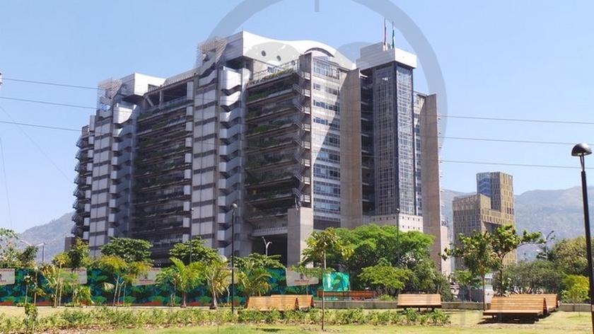 Edificio Inteligente desde Parques del Rio 5 Copiar