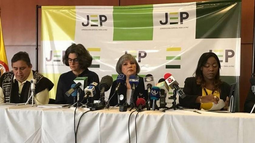 """JEP cita a diez mandos de las FARC por el """"Caso 01"""", secuestros de ese grupo entre 1993 y 2012"""