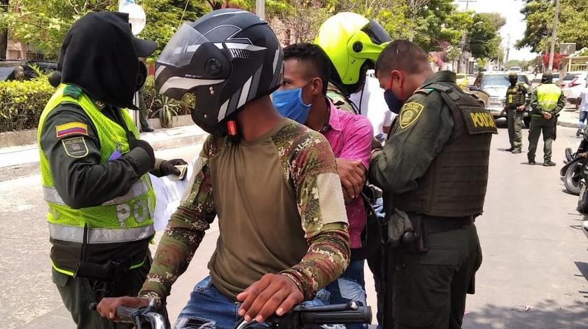 Coronavirus Cartagena Policia covid 19 Bolivar Policia Nacional reten moto