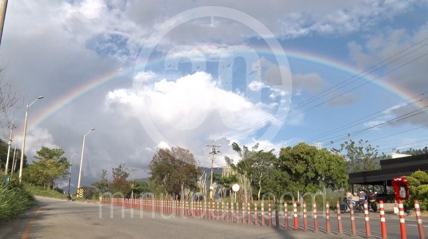 Vias calles arcoiris Barbosa Valle de Aburra cuarentena Antioquia