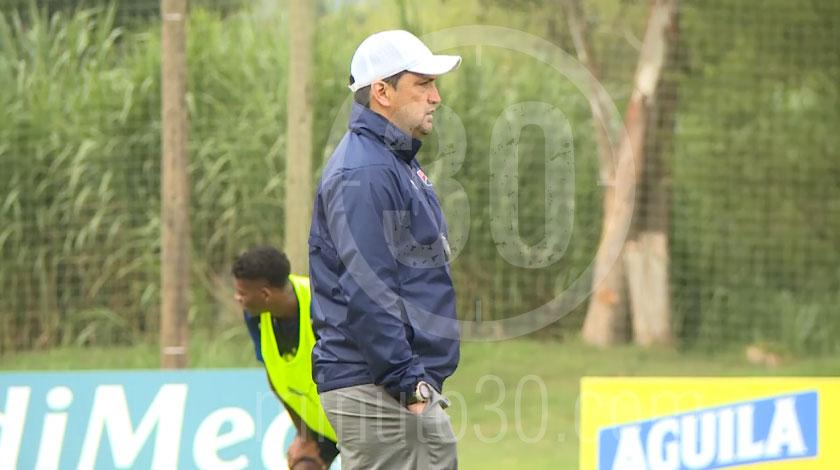 Aldo Bobadilla, entrenador de Independiente Medellín.